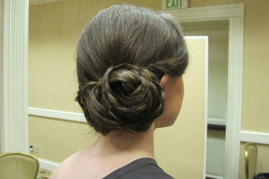side-braided-bun-looped-by-meleah