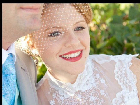 vintage-wedding-makeup-by-meleah-red-lips