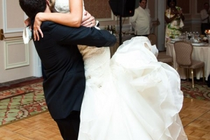 romantic-wedding-dance-lessons-with-meleah (1)